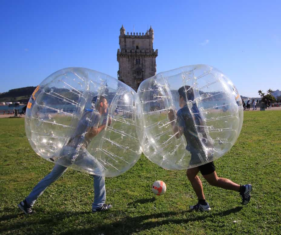 Bubble Football na Torre de Belém